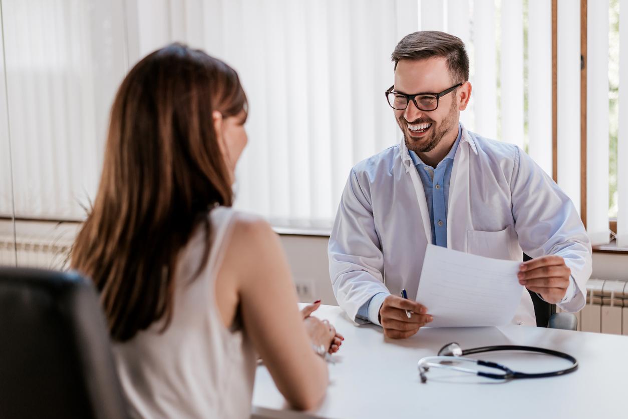 medico paciente exame