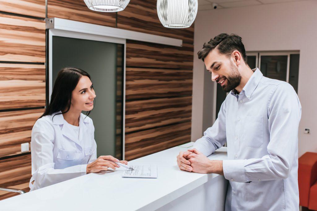 dicas de recepção de clínica médica